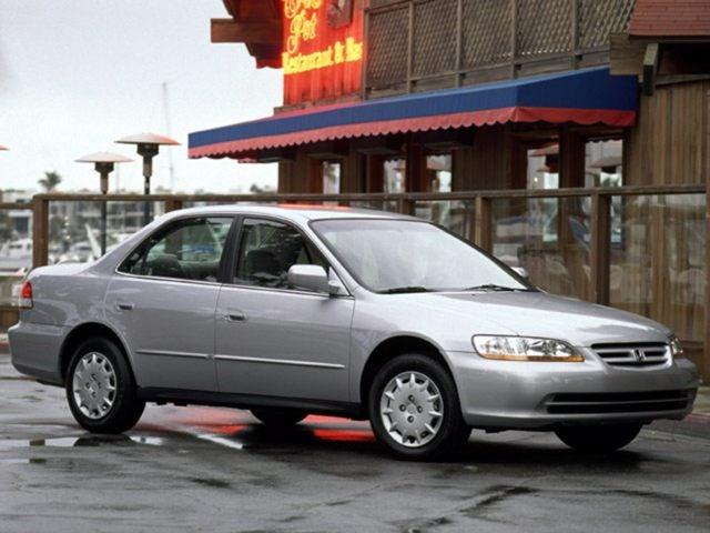 2001 honda accord sedan tire size